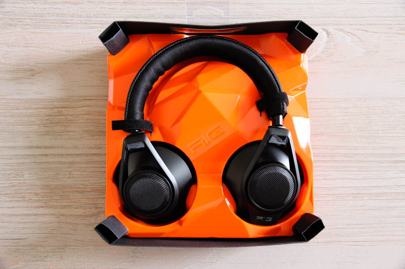 Plantronics RIG Surround : Le casque solidement calé