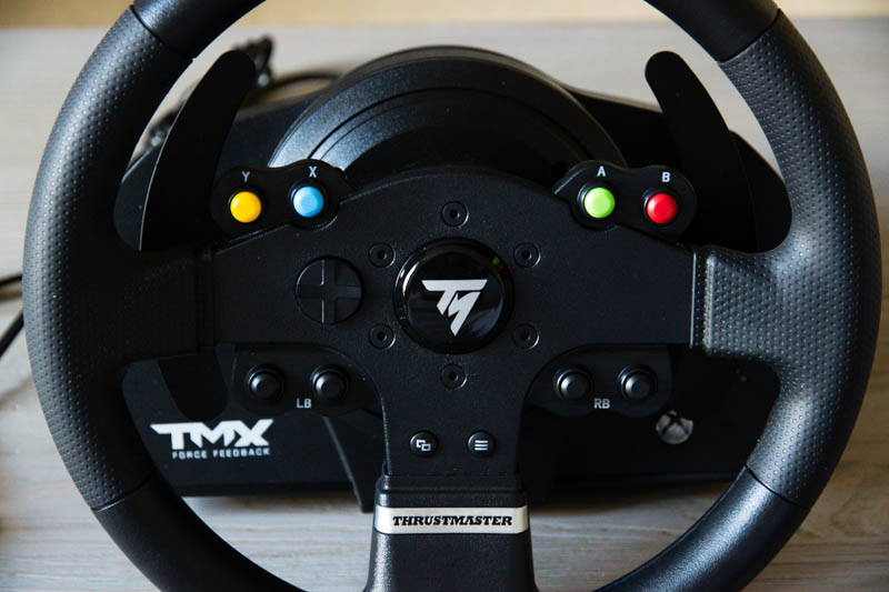 test volant thrustmaster tmx force feedback. Black Bedroom Furniture Sets. Home Design Ideas